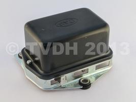 DS Onderdelen - Spanningsregelaar tegen batterijbak