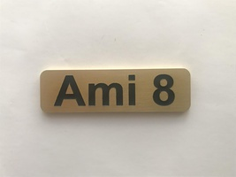 - monogram ami 8