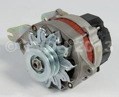 DS Onderdelen - Alternator met ingebouwde spanningsregelaar