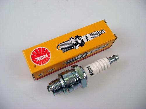bougie NGK cx 2000/2200/2400  1974-1979